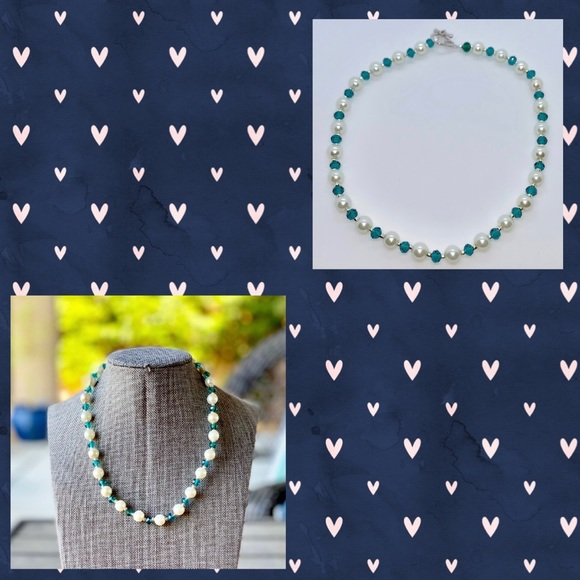 MaddieGirlGifts Jewelry - White Pearl and Teal Faceted Necklace